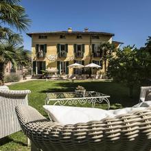 Swiss Historic & Garten Hotel Villa Carona in San Fedele Intelvi