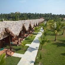 Symphony Palms Beach Resort in Havelock Island