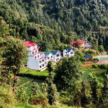 Tag Resorts Oakwood Hamlet Shoghi in Shimla