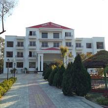 TAHITI RESORT in Lakho