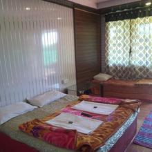 Tai Cottage in Satara
