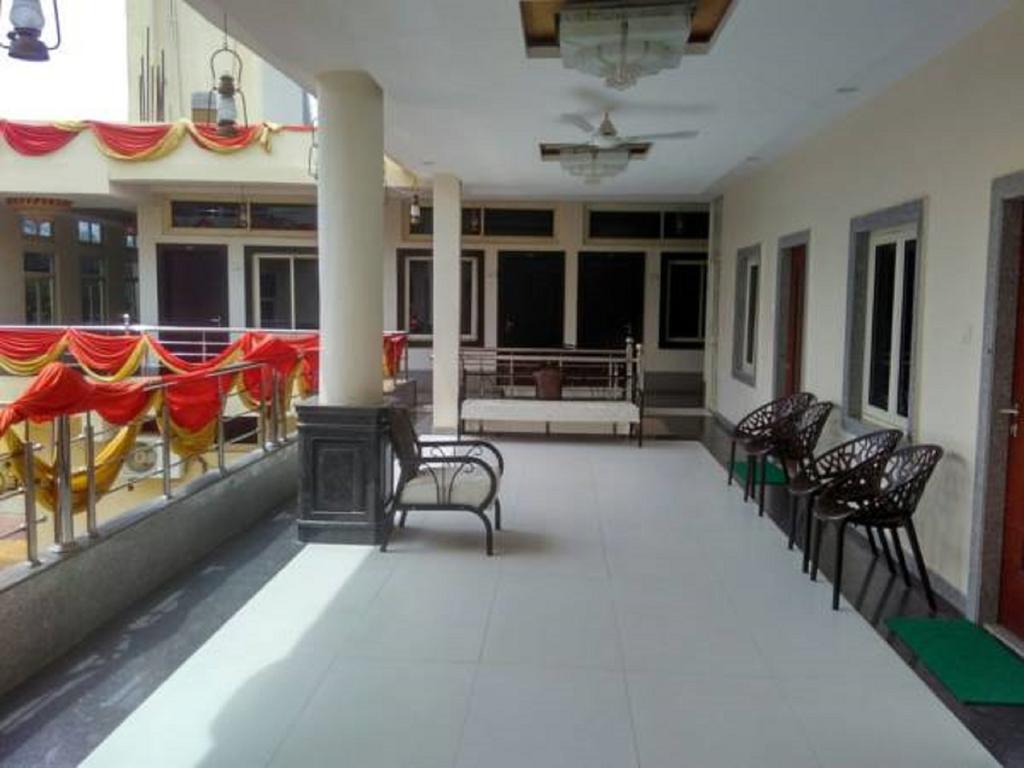 Tanya Palace in Datia