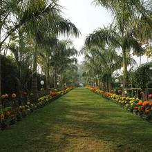 Tapobhumi Resorts in Bakiabad