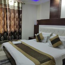 Tg Tashkent Hotel in New Delhi