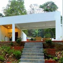 Thapovan Villa in Devadanapatti
