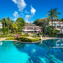 Thavorn Palm Beach Resort Phuket in Karon Beach