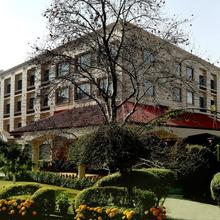 The Atrium On The Greens in Katra