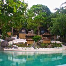 The Bay Resort & Restaurant in Ko Phangan