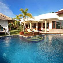 The Beverly Hills Bali A Luxury Villas & Spa in Jimbaran