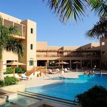 The Breakers Diving And Surfing Lodge Soma Bay in Al Ghardaqah