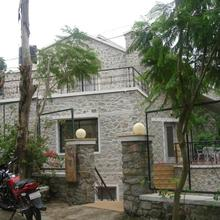 The Colonial Kaanchi House Mount Abu in Mount Abu