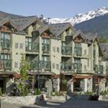 The Crystal Lodge and Suites in Alta Lake