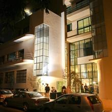 The Diaghilev Live Art Suites Hotel in Tel Aviv