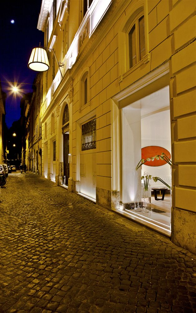 The First Luxury Art Hotel Roma in Marcigliana
