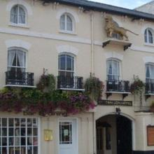 The Golden Lion Hotel in Ramsey