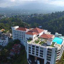 The Grand Kandyan in Kandy