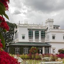 The Green Hotel in Narasimharaja Puram