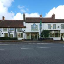 The Green Man Hotel By Greene King Inns in Broxbourne
