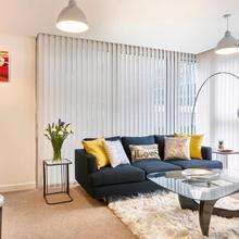 The Hub Serviced Apartments- Shortstay Mk in Milton Keynes