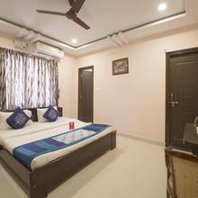 OYO 10373 Apartment The Icon Homes in Himayatnagar
