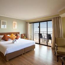 The Imperial Hua Hin Beach Resort in Hua Hin