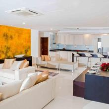 Platinum One Suites Colombo in Colombo