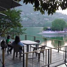 The Lake Retreat in Bhimtal