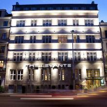 The Levante Parliament - A Design Hotel in Vienna