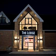 The Lodge At Kingswood in London