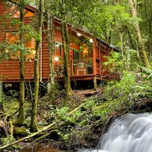 The Mouses House Rainforest Retreat in Carool