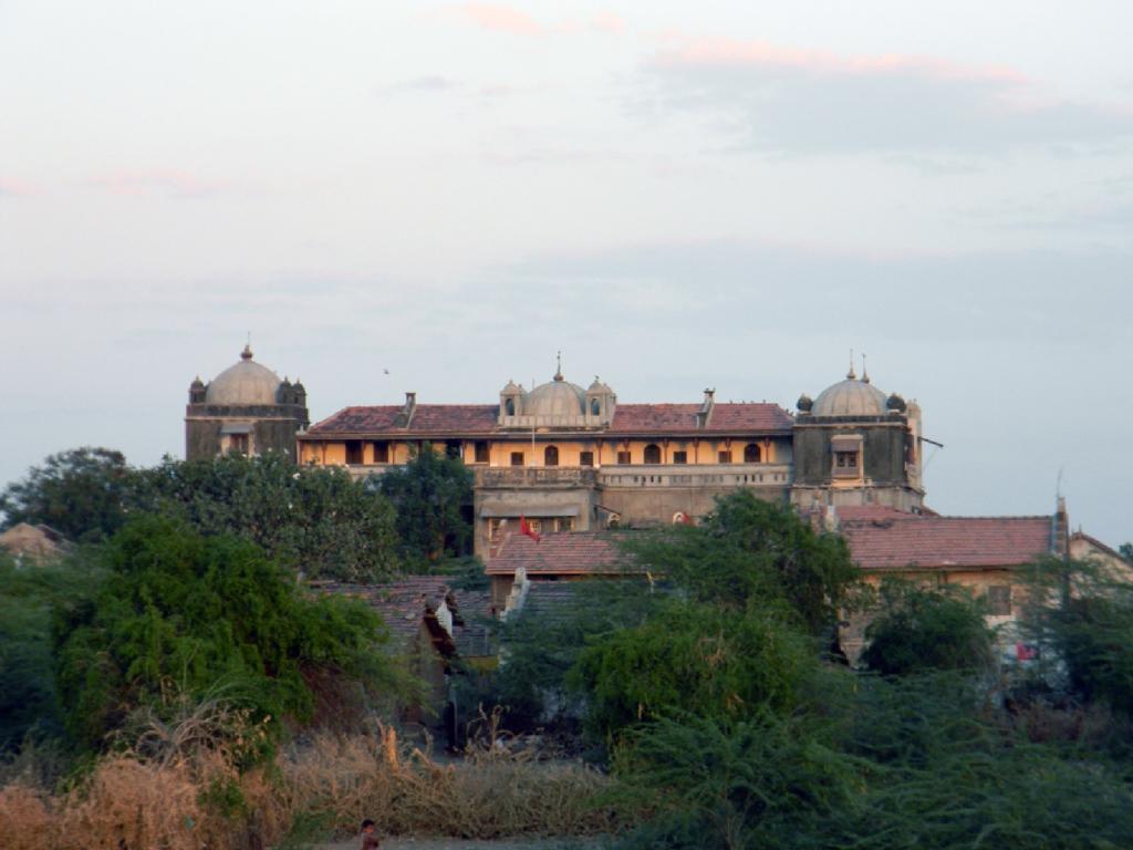 The Palace-utelia in Arnej