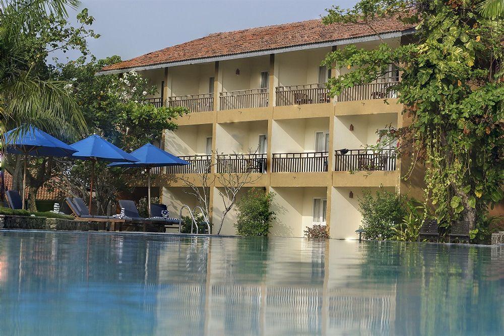 The Palms Hotel in Induruwa