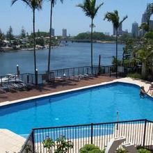 The Pinnacle Apartments in Surfers Paradise