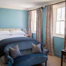The Portobello Hotel in Hendon