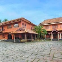 The River Retreat Heritage Ayurvedic Resort in Shoranur