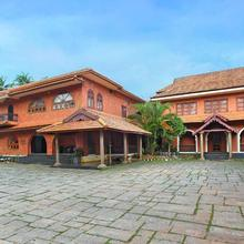The River Retreat Heritage Ayurvedic Resort in Pattambi