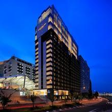 The Singulari Hotel & Skyspa At Universal Studios Japan Tm in Osaka