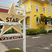 The Star Inn in Wildwood