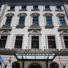 The Three Corners Hotel Bristol in Budapest