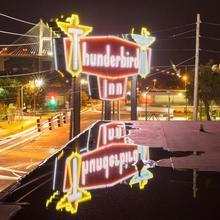 The Thunderbird Inn in Savannah