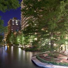 The Westin Riverwalk San Antonio in San Antonio