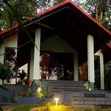 The Willow Resorts in Meenangadi