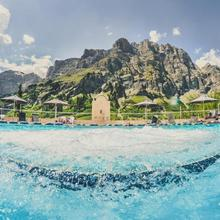 Thermal Hotels & Walliser Alpentherme Leukerbad in Turtmann