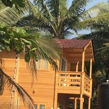 Tiara Fiesta Beach Cottages Morjim in Chapora