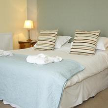 Tides Reach Guest House in Gowerton