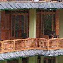 Tirthan Himalayan Holidays in Shoja