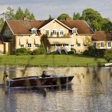 Toftaholm Herrgård in Rolstorp