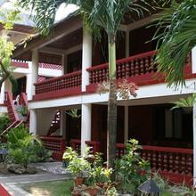 Tonglen Beach Resort in Borocay