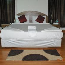 Touchwood Resort , Kanha in Mandli