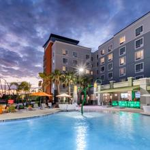 Towneplace Suites By Marriott Orlando At Seaworld in Orlando